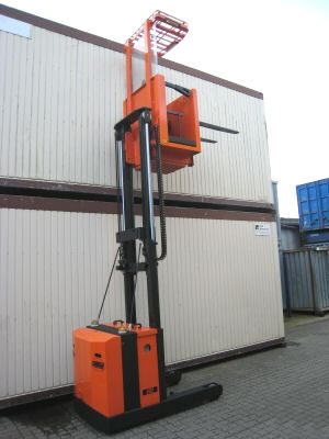 high reach forklift licence